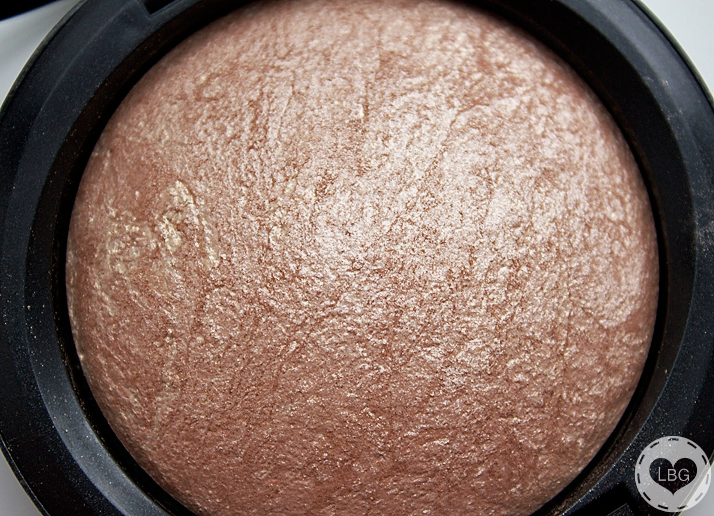 MAC Mineralize Skinfinish in 'Soft and Gentle'