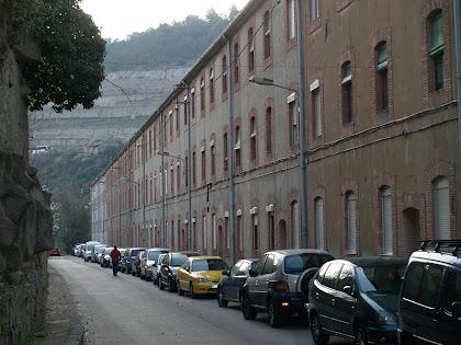 El carrer d'Orient de la Colònia Pons