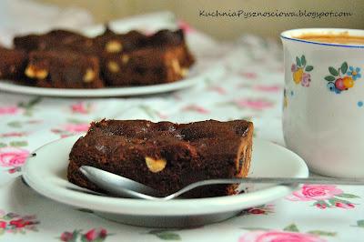 152. Kawowe brownie z prażonymi ziarnami kawy