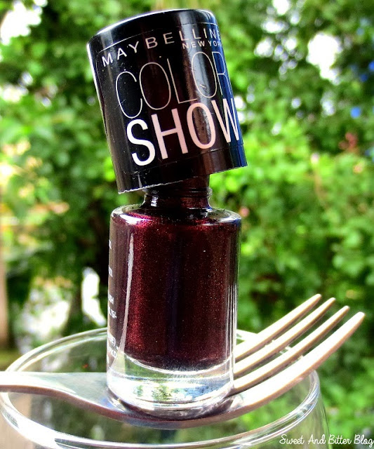 Maybelline-Wine-&-Dine-Color-Show-005-India-Swatch