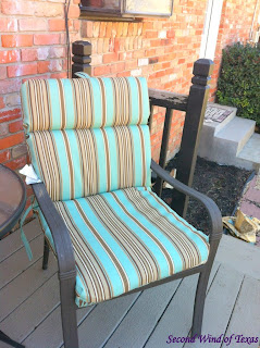 Vintage Home Depot had their outside storage benches on sale for a few weeks ago and I was kicking myself for not getting one when I had the chance