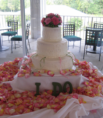 wedding cake w charms