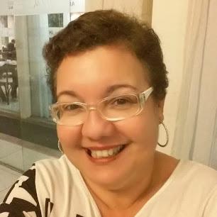 Professora Simone Lessa