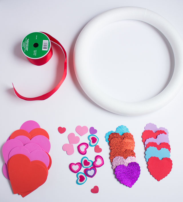Valentine's Day heart wreath - made for under $15 from inexpensive foam hearts!    http://www.designimprovised.com