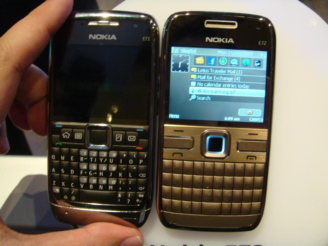 http://4.bp.blogspot.com/--PtisNC_5Ts/TeKnNj76IRI/AAAAAAAAFGg/G9lGOUqjVKU/s1600/Nokia_E72_black_%282%29.JPG