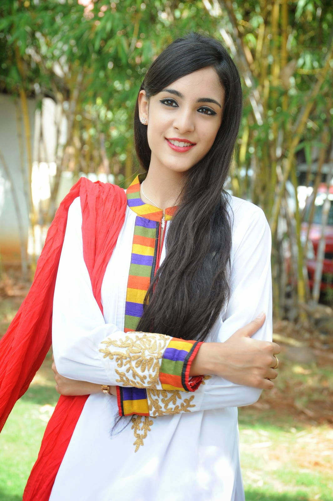 Kanika Kapoor latest photos-HQ-Photo-12