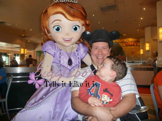 character dinning, character meals, Walt Disney World, Hollywood and Vine, Disney Junior Play 'n Dine, Disney vacation,