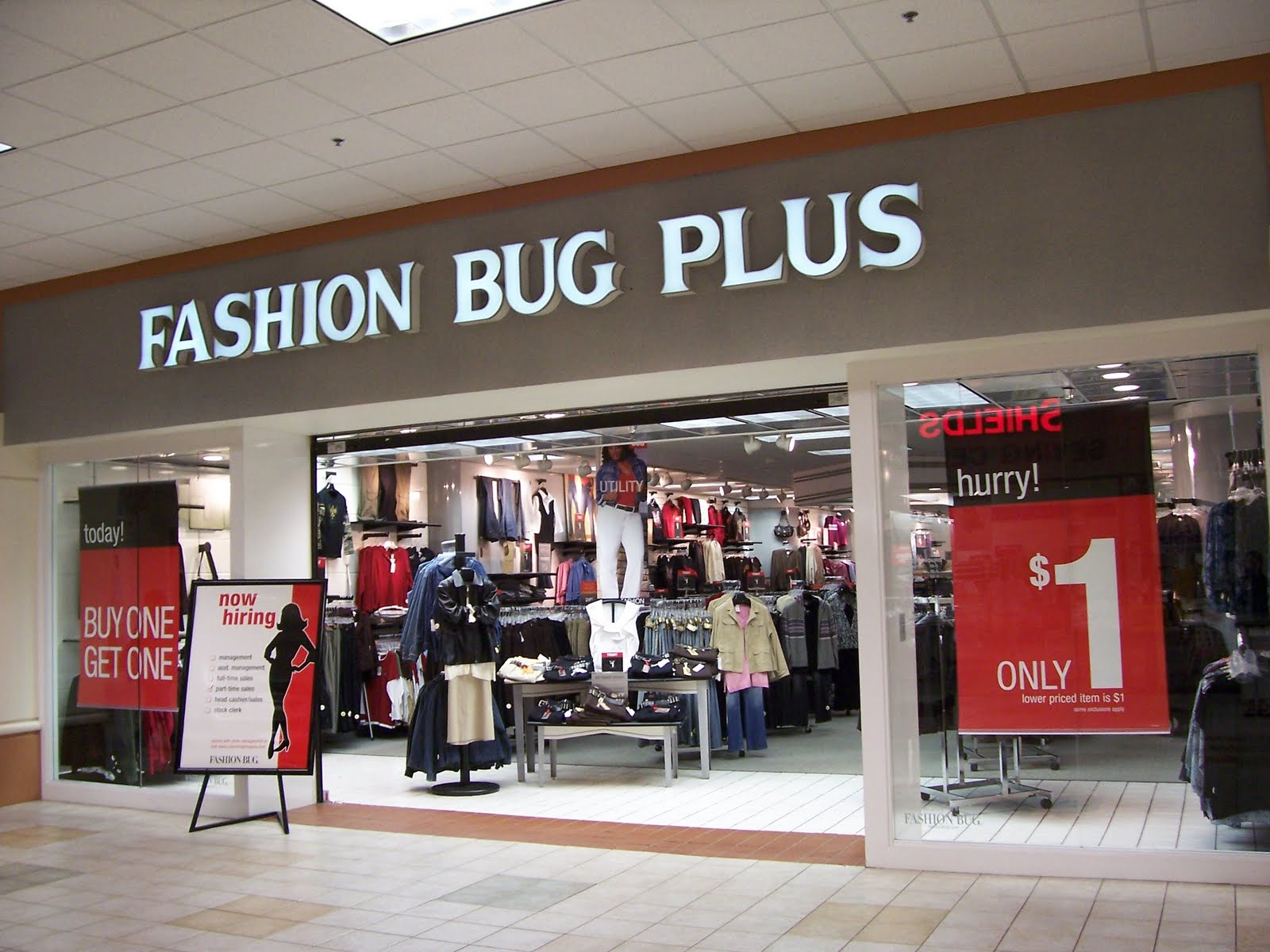 Which fashion bug stores are closing