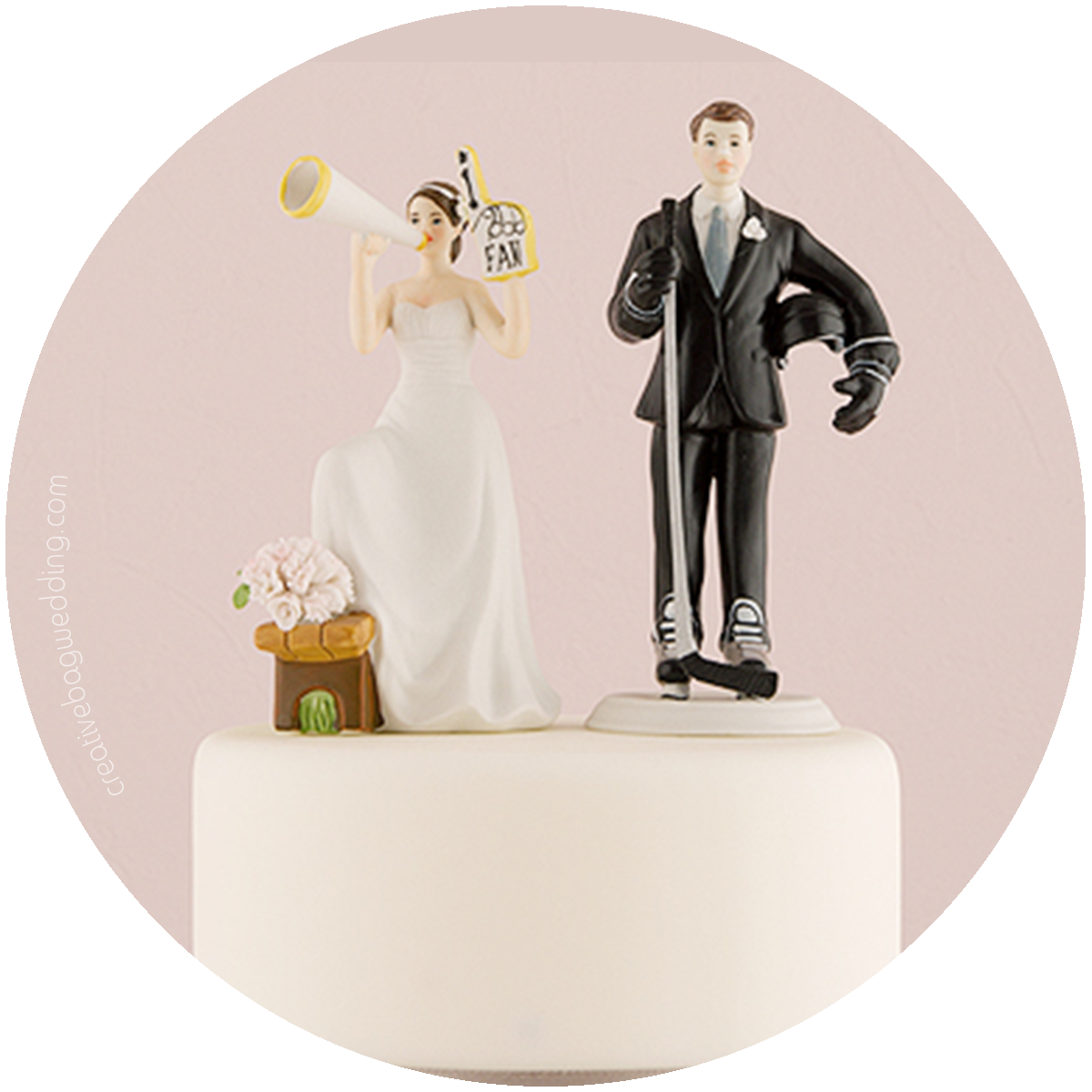 custom cake toppers from Creative Bag Wedding | Creative Bag