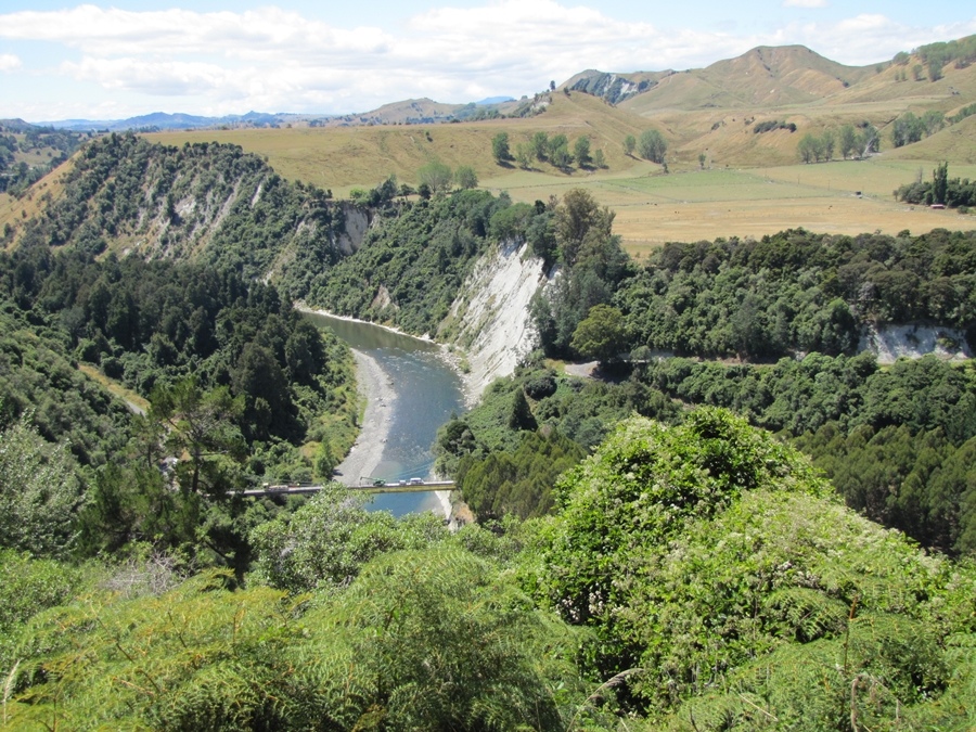 Photo Friday - Photographing New Zealand - Rangitikei River