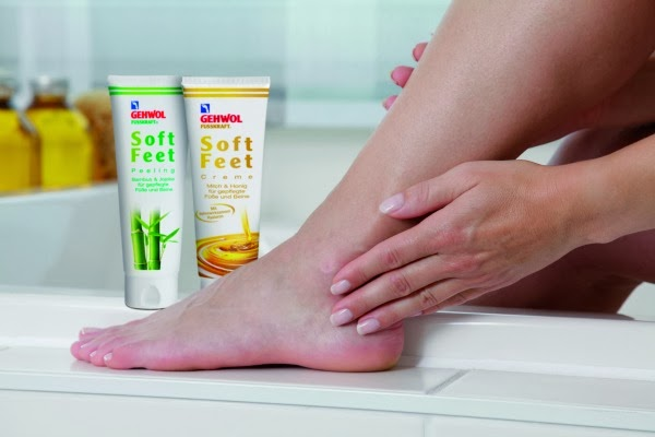 Fußpflege mit Gehwohl Soft Feet Peeling & Soft Feet Creme