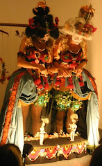 Theatre of dolls
