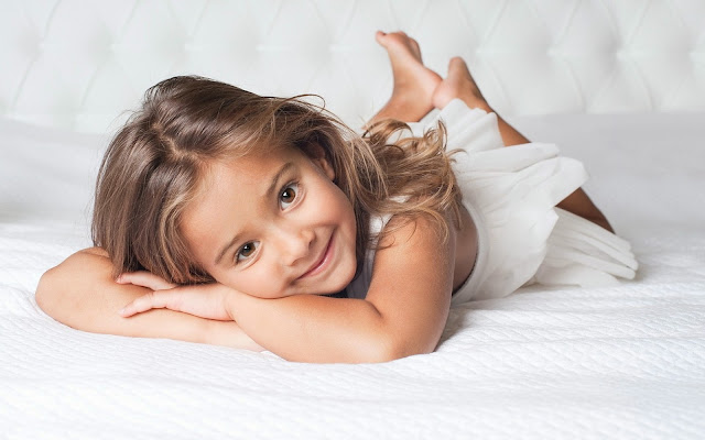 2777-Sweet Children Girl HD Wallpaperz
