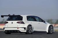 Volkswagen Golf TCR 2015 Rear Side