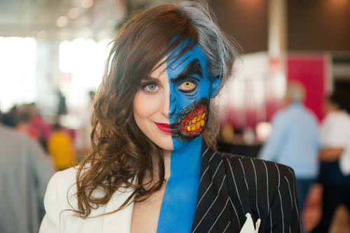 two-face-batman-cosplay