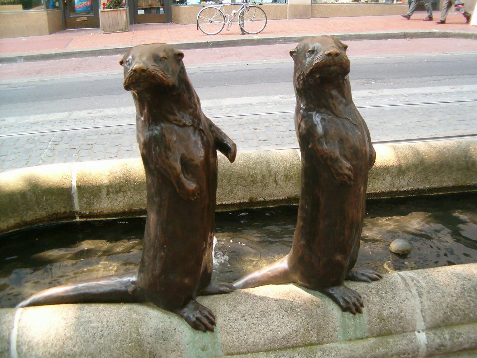 Julie 39 s journeys portland oregon international rose for Garden statues portland oregon