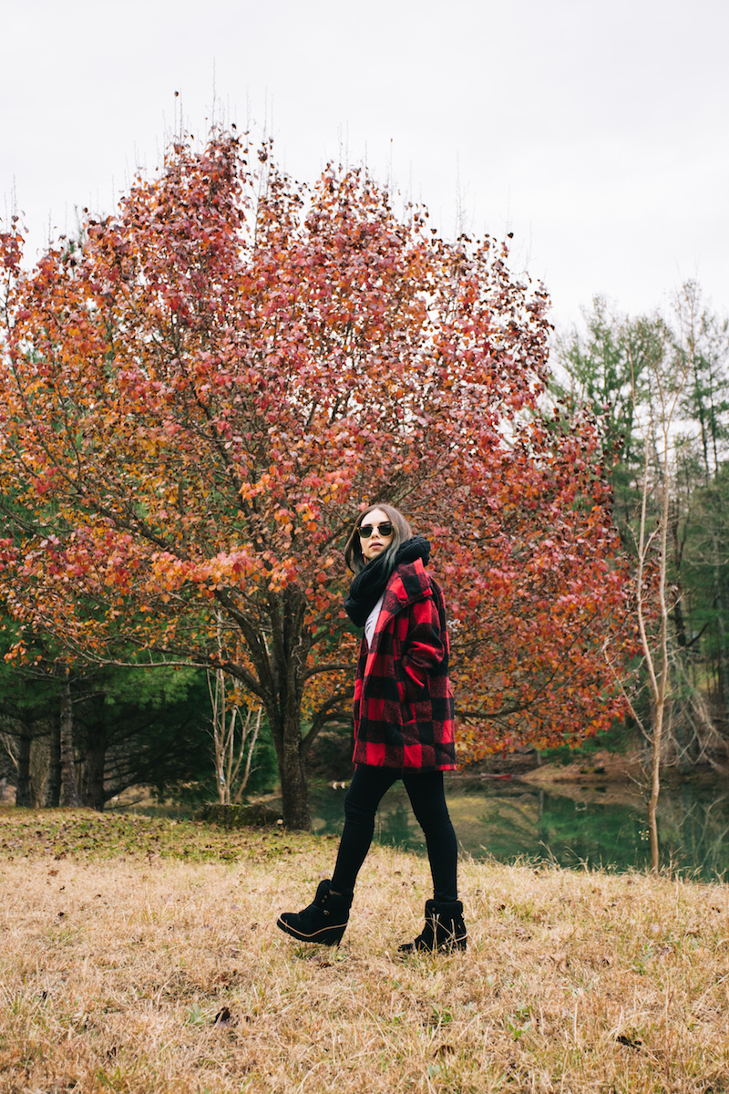 rabun gap, georgia, travel, plaid coat, coach, black scarf, ag jeans, black jeans, fashion, miami fashion blogger, ray ban, club master, i like you, furor moda, plaid, fall fashion, fall outfits