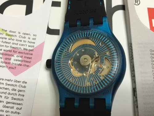 Swatch SISTEM51の裏面(ムーブメント)