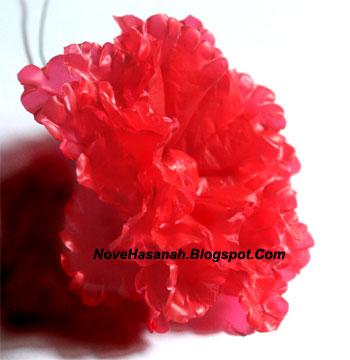 cara membuat kreasi bunga dari kantok kresek bekas
