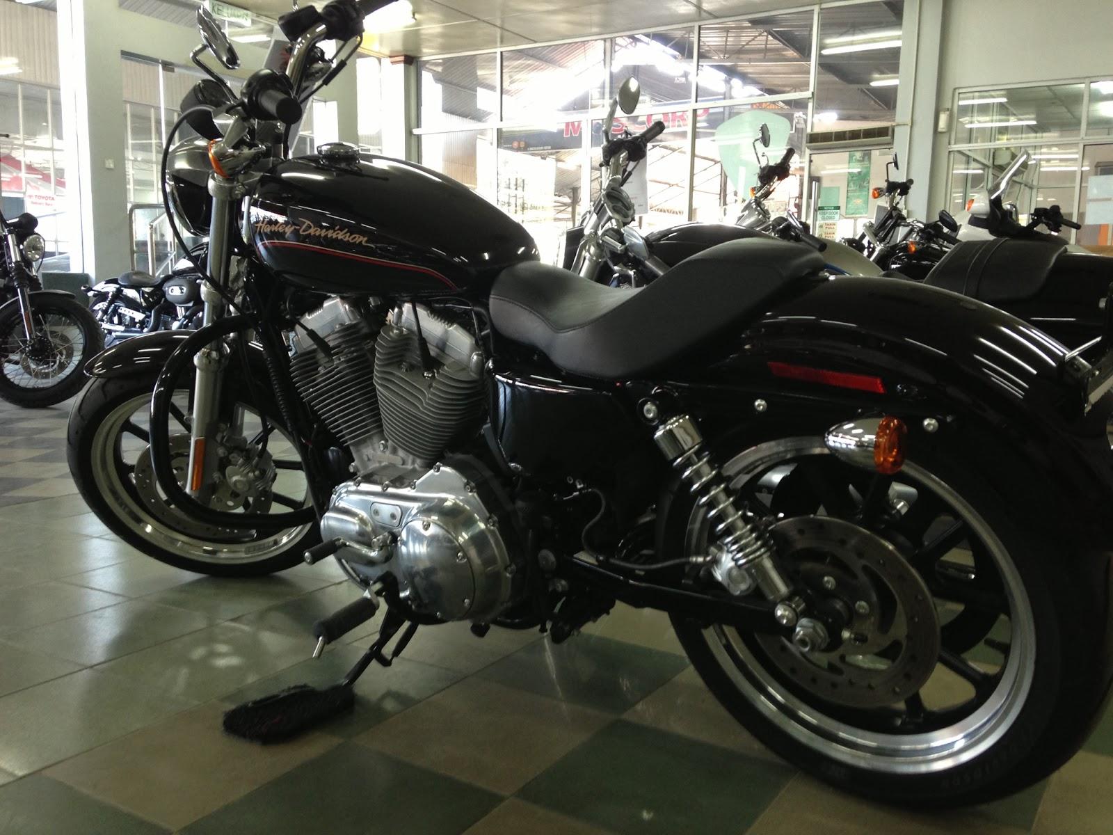 Superbiker48 Mr 7211 Harley Davidson Sportster 4 June 2013