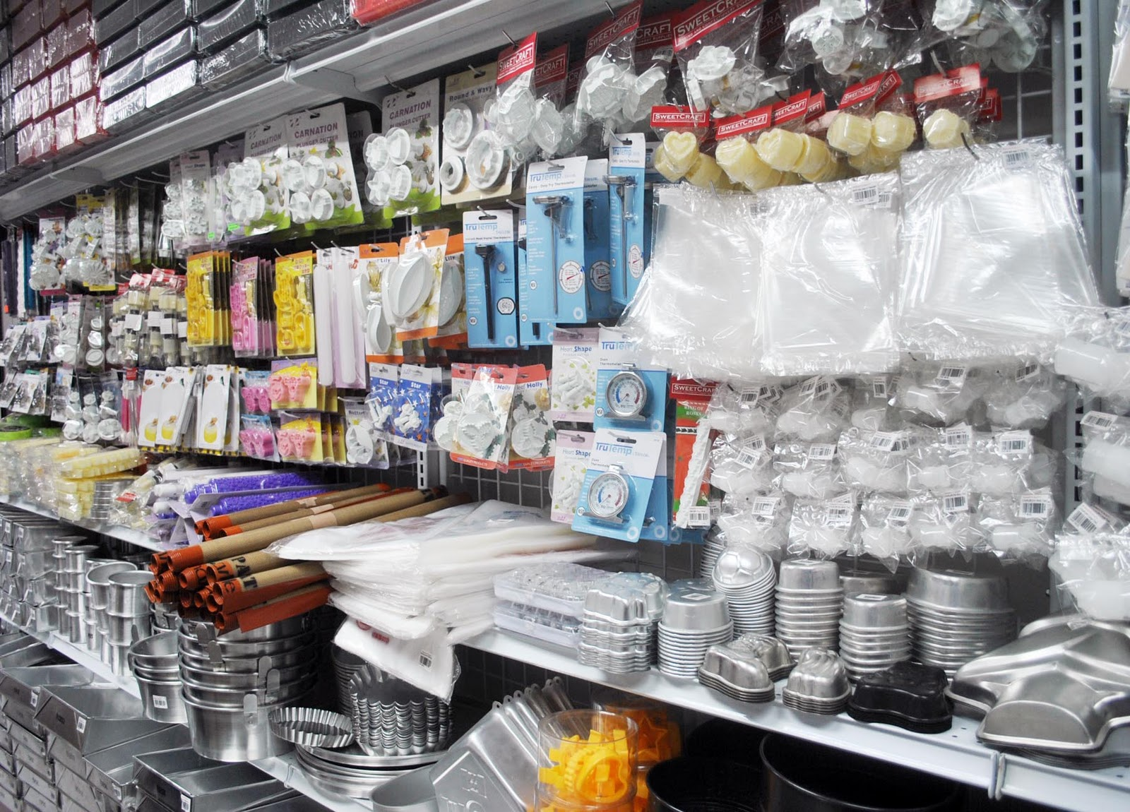 Baking supplies store sweetcraft baking and for Bakery decoration