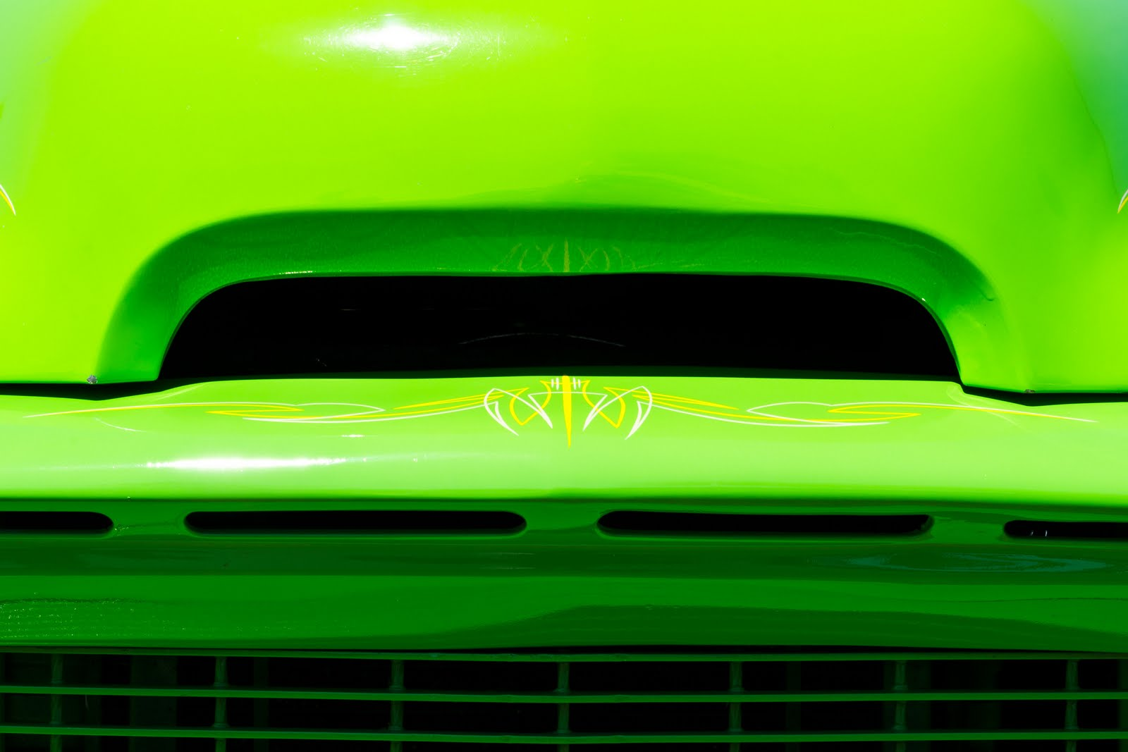 ... painted an electric green. Here are a couple of shots of that truck