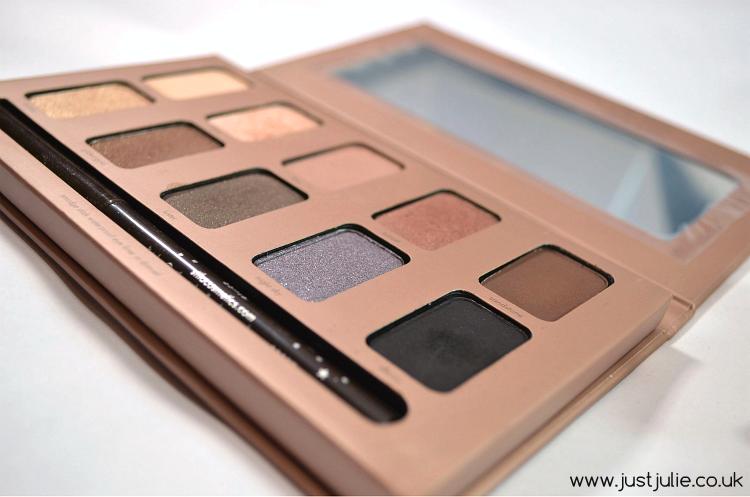Stila in the light eyeshadow palette review