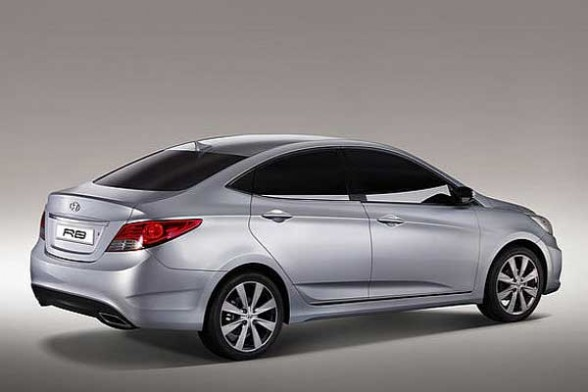 2011 Hyundai Verna on new de tomaso car