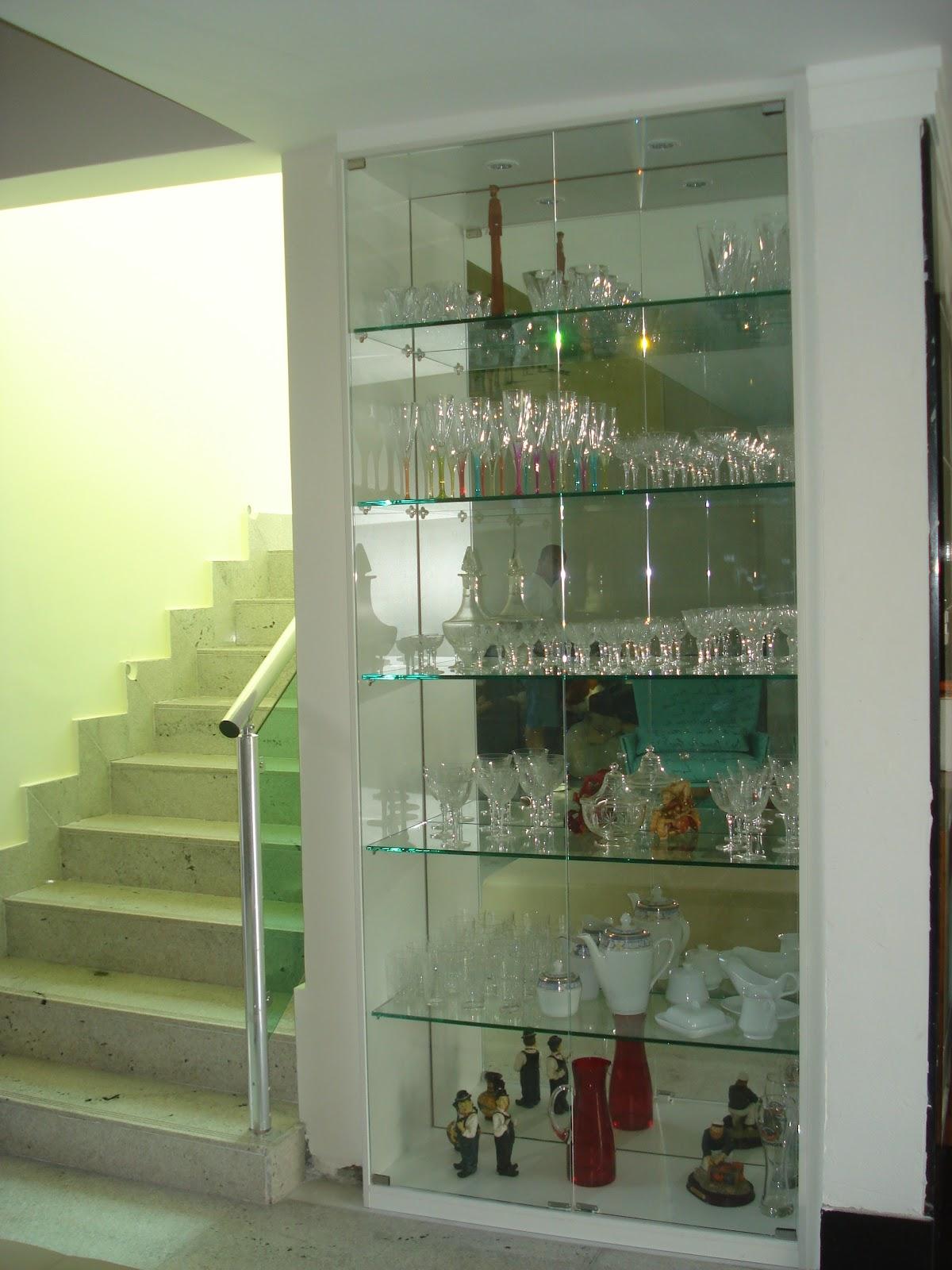 #7E8E3D Para a área de TRABALHO de acordo com o Baguá o vidro será sempre  300 Janelas De Vidro Temperado Belo Horizonte