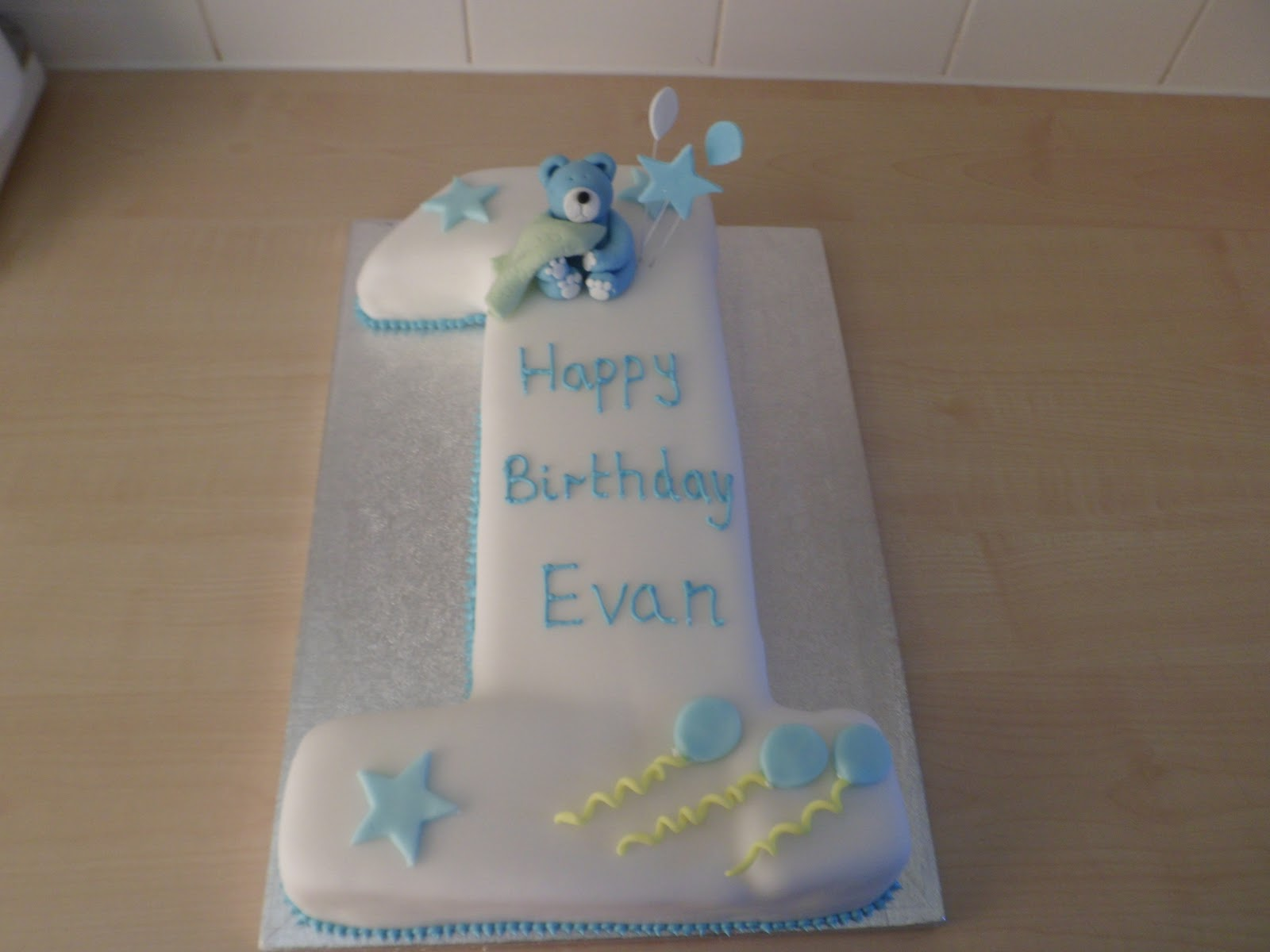 Hannahs Buns Blog Baby Boys 1st Birthday Cake