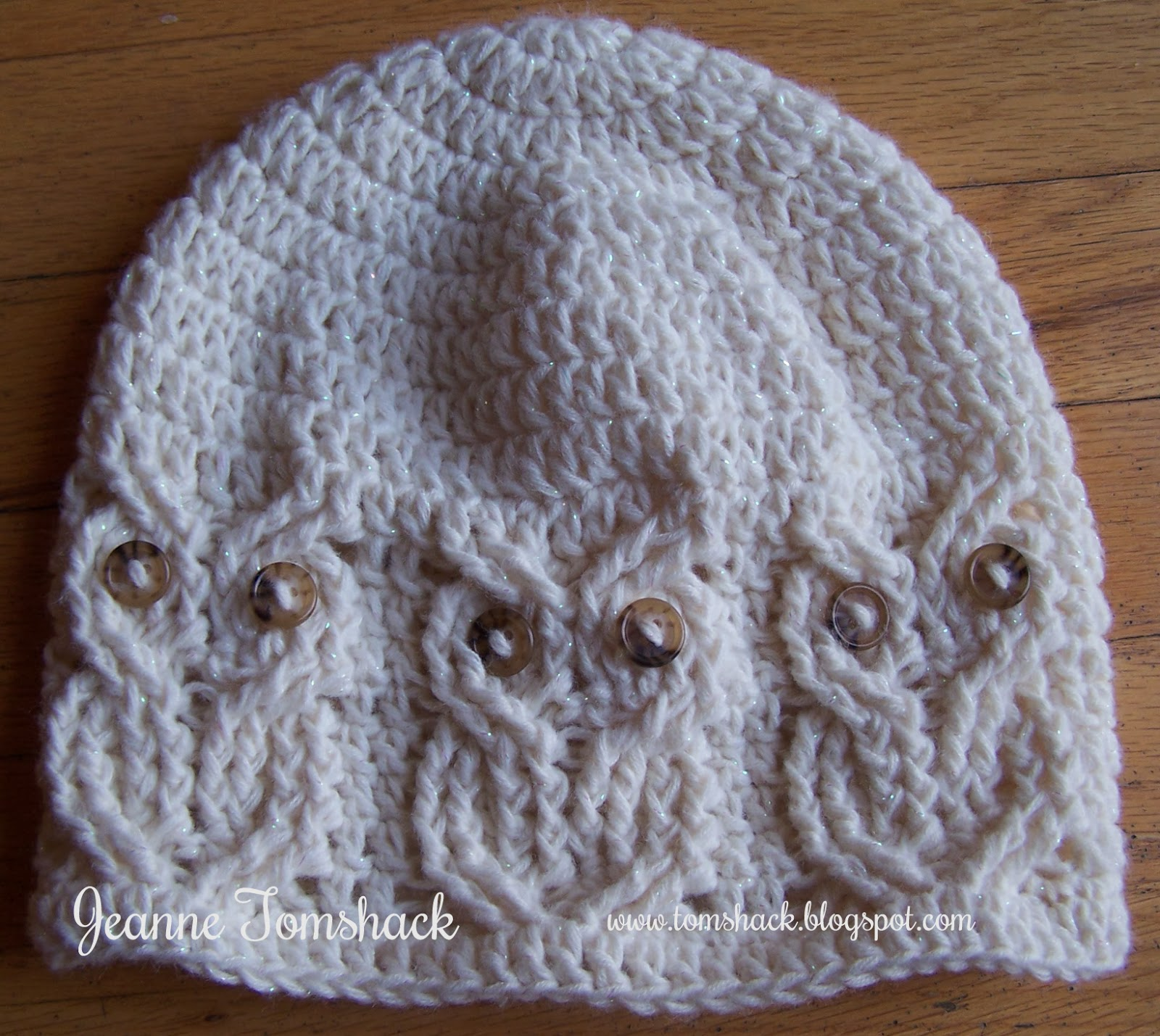 Free Crochet Cable Owl Hat Pattern : Creative Bliss: Crocheted Owl Gifts