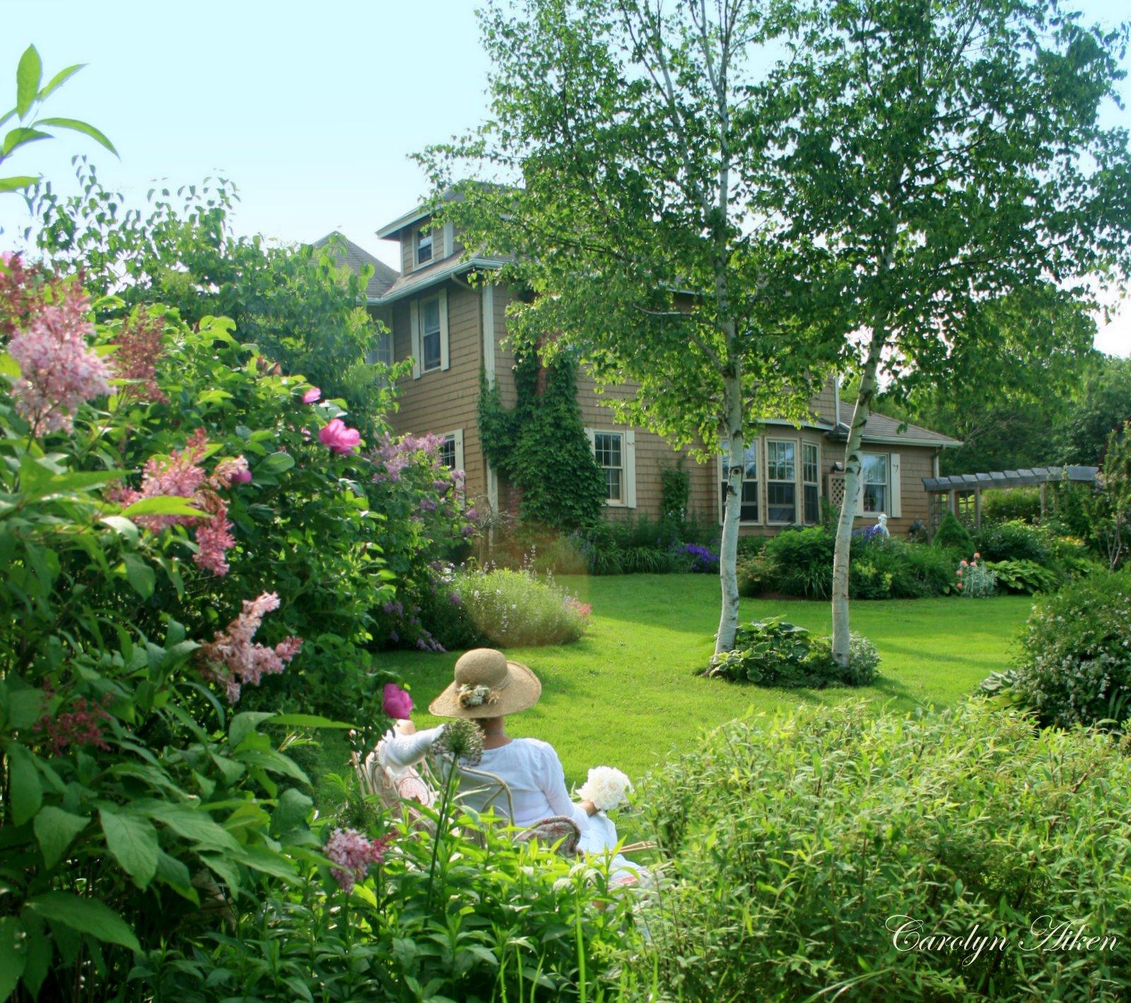 Aiken house gardens the garden bench for Aiken house