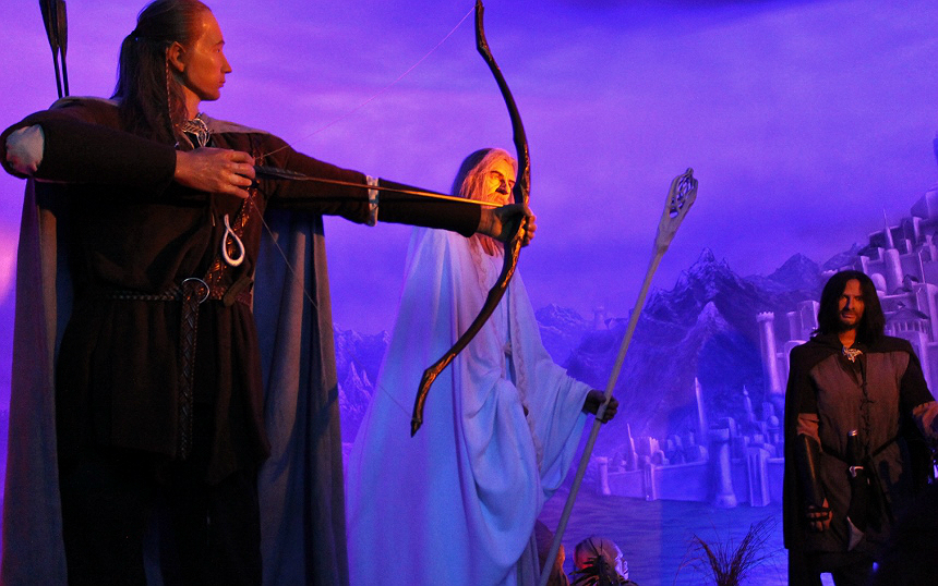 Lord Of The Rings- The Wax Works: Newport, Oregon (Mariner's Square)