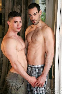 http://pakomx.blogspot.com/2014/06/pareja-en-accion-jesse-dalmau-marco-rubi.html