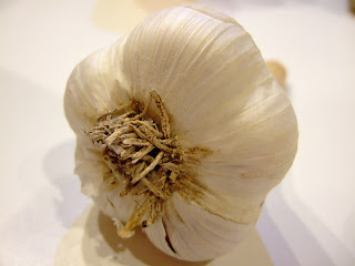 garlic bulb, dried