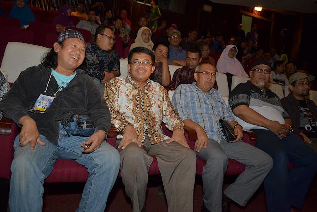 Tonton Teater Revolusi Burung,  Iman: PKS Dukung Seni Pertunjukan