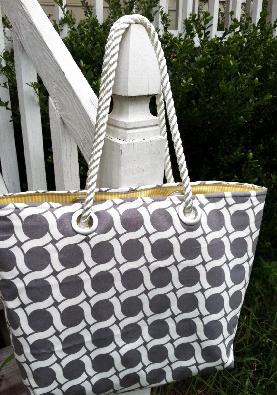 Guest Blogger: Love Elaine | Beach Tote Tutorial - Cloud9 Fabrics