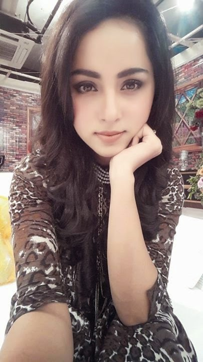 nimra khan desi pakistani girl pakistani cute young