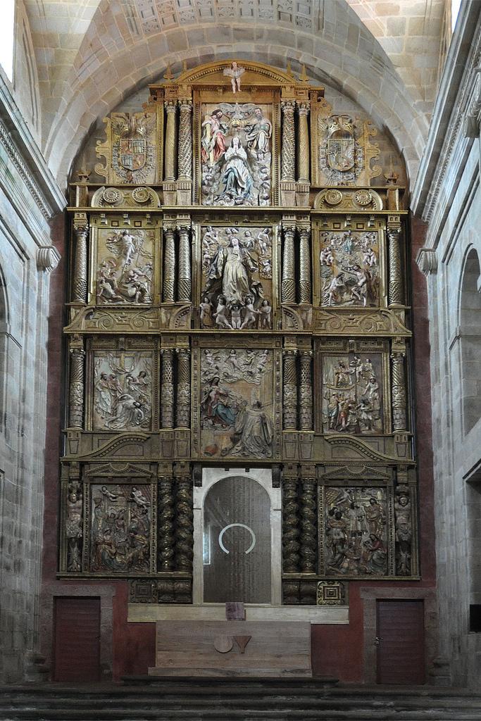 Anduri a monasterio de santa mar a de montederramo ourense for Calle mateo de prado ourense