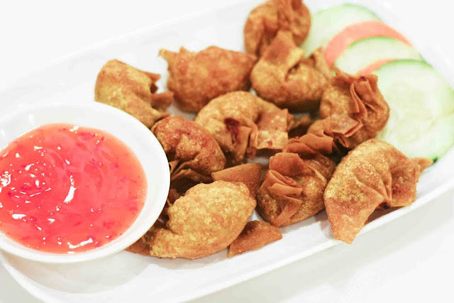 Fried Wonton with Special Sauce