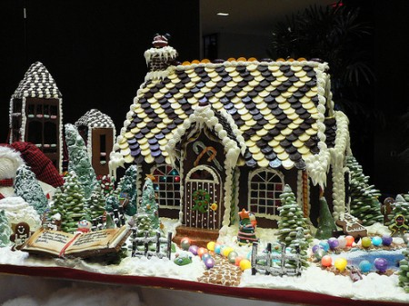 Be different act normal gingerbread house ideas for Cool designs for gingerbread houses