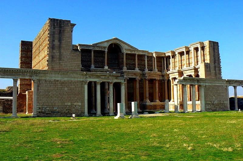 Ruínas da cidade de Sardes