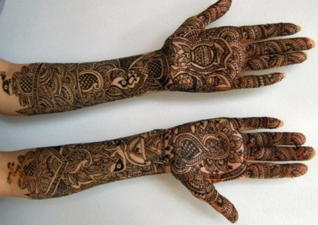 Latest-Mehndi-Designs-For-Bridals