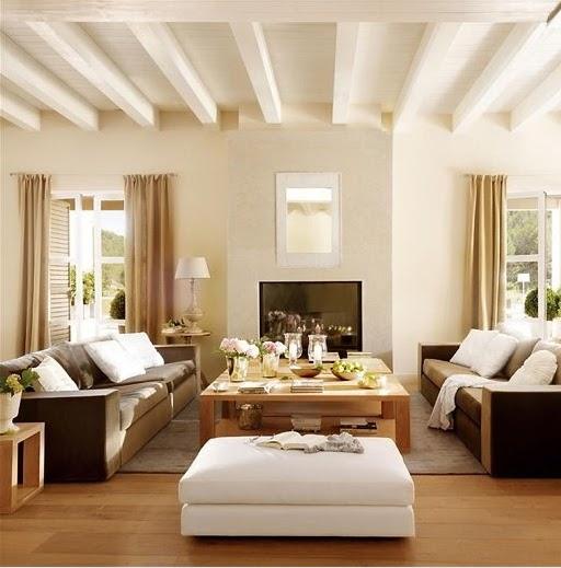 Casa tr s chic simetria for Decoracion rustica moderna