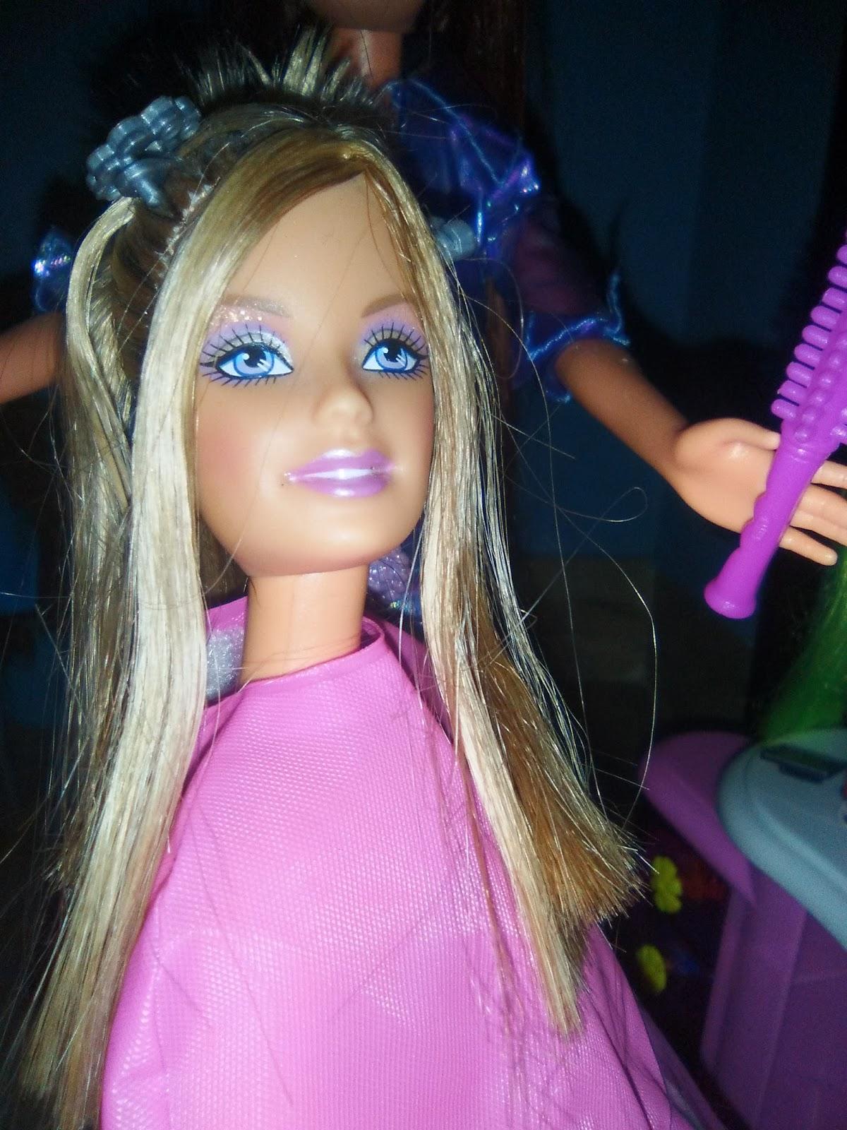 JUGAR GRATIS Peinar barbie real FAN DE JUEGOS