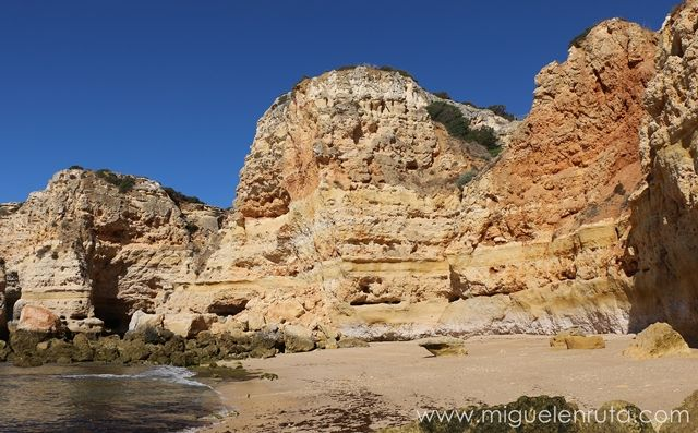 Praia-da-Marinha-9
