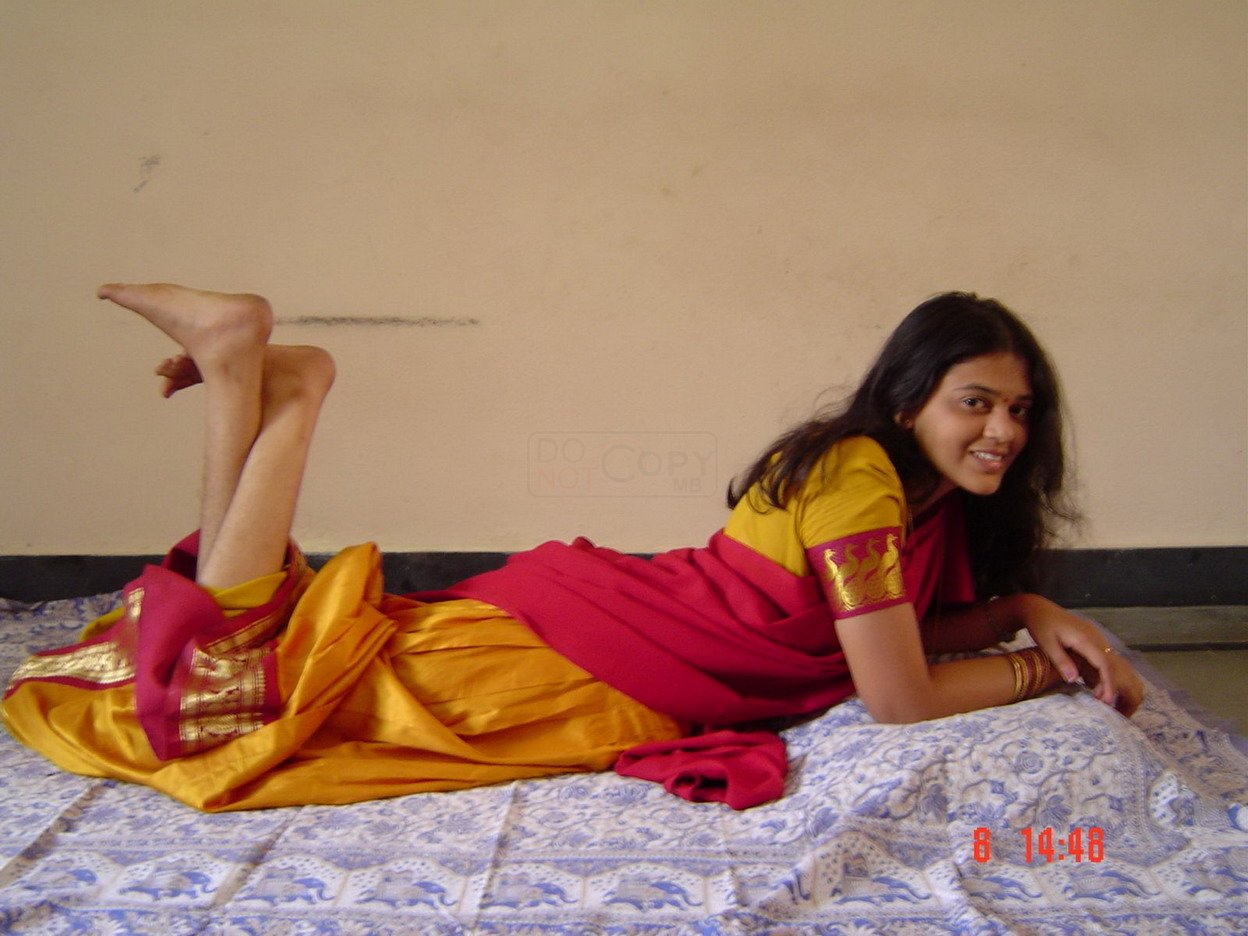 Sey Indian Girl Feet