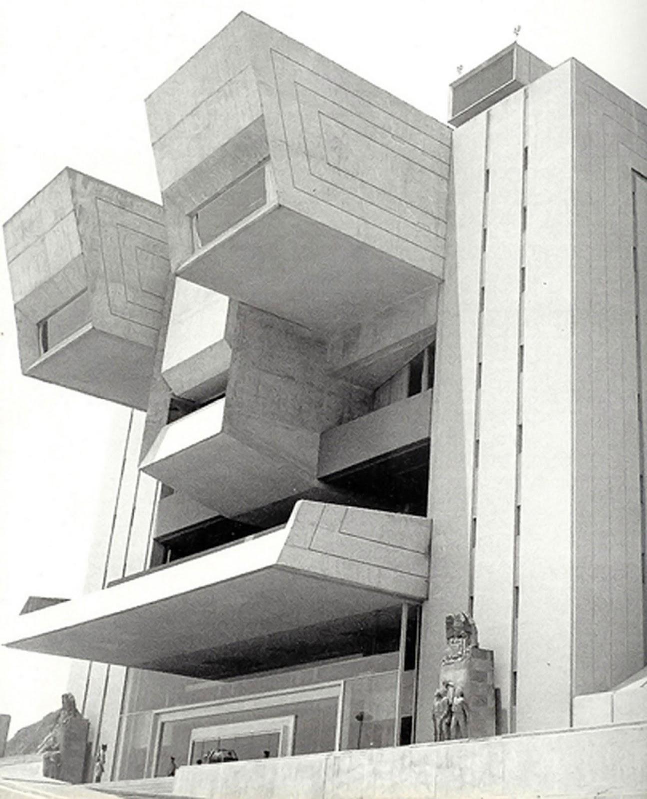 Cascotes 243 cascotes no muere for Arquitectura militar