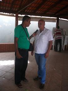Ex prefeito J. Pereira em reunião na casa de Messias dá sua primeira