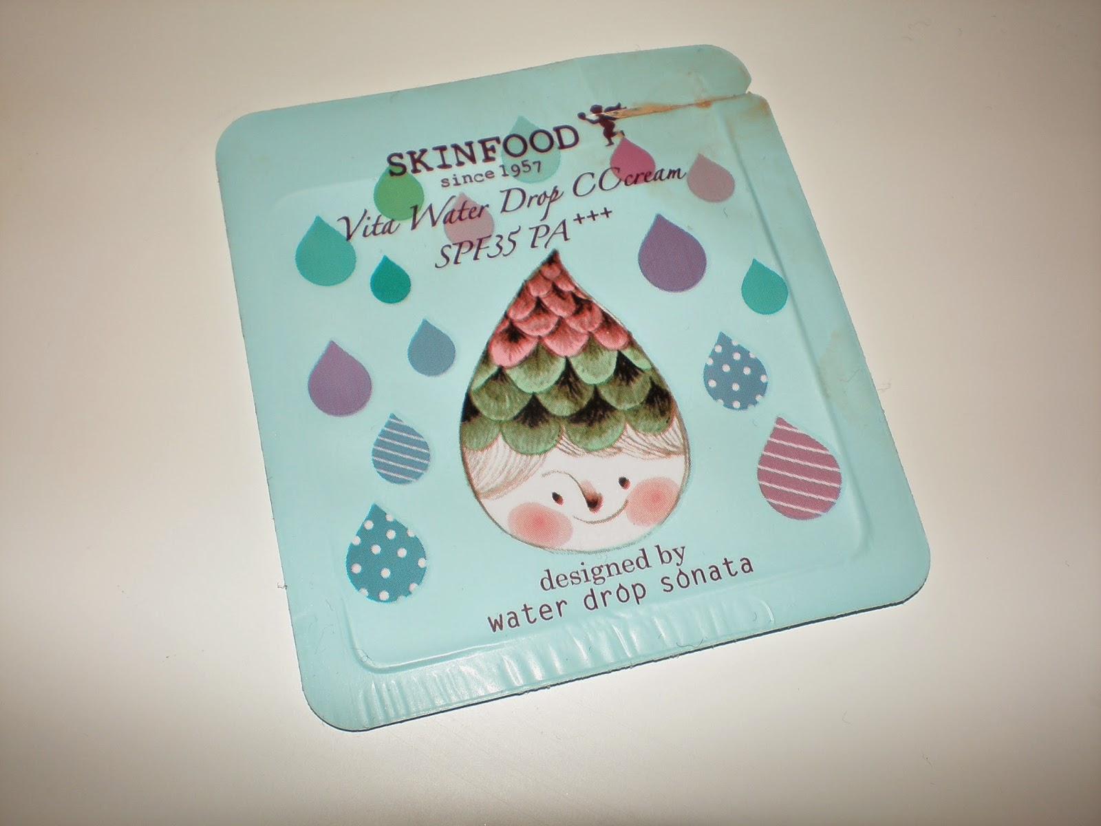 Skinfood Vita Water Drop CC cream SPF35 PA++